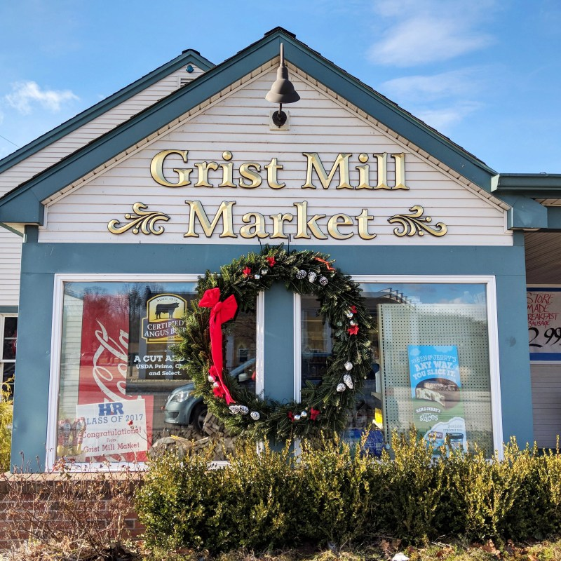the grist mill market in moodus connecticut