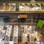 バンコク「チャトゥチャック・マーケット 天然木の木彫りの商品」