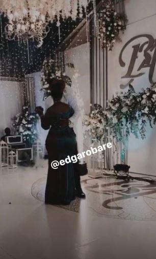Arnelisa and Ben Pol dancing at their wedding