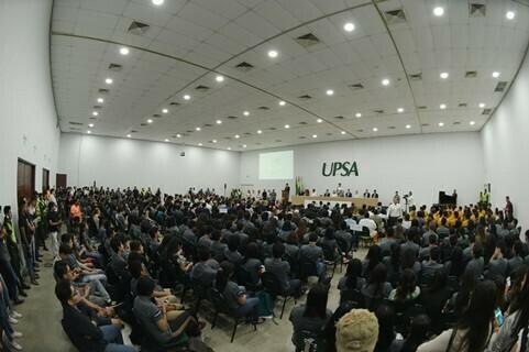 Presidenta Áñez en la UPSApara cierre de Clubes de Ciencia
