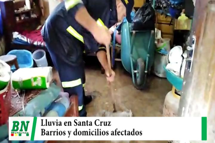Lluvia en Santa Cruz afectó a Barrios y domicilios, DEM ayudo a los vecinos con dificultades
