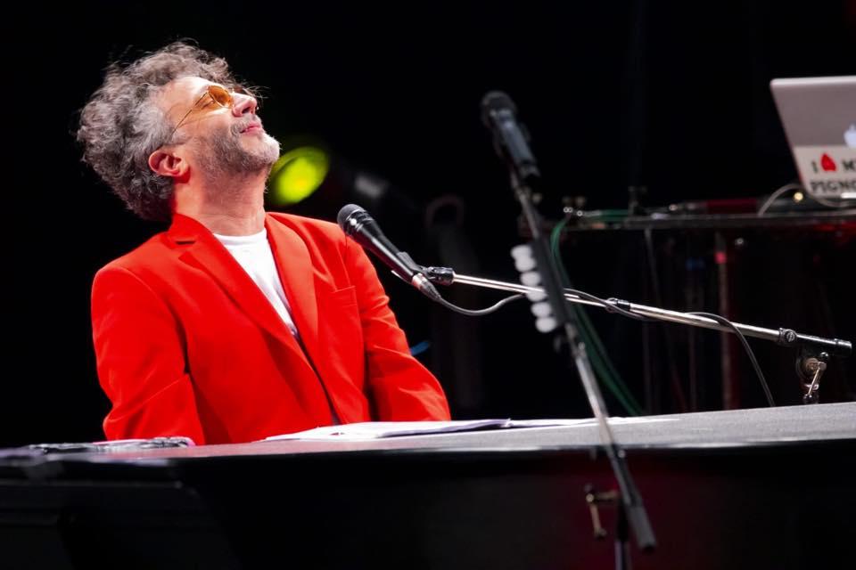 """Fito Paez presenta """"Resucitar"""", el primer hit de su nuevo álbum """"La conquista del espacio"""""""
