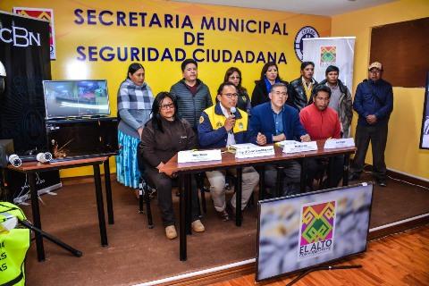 El 100% de las unidades educativas de El Alto cuentan con sistemas de seguridad