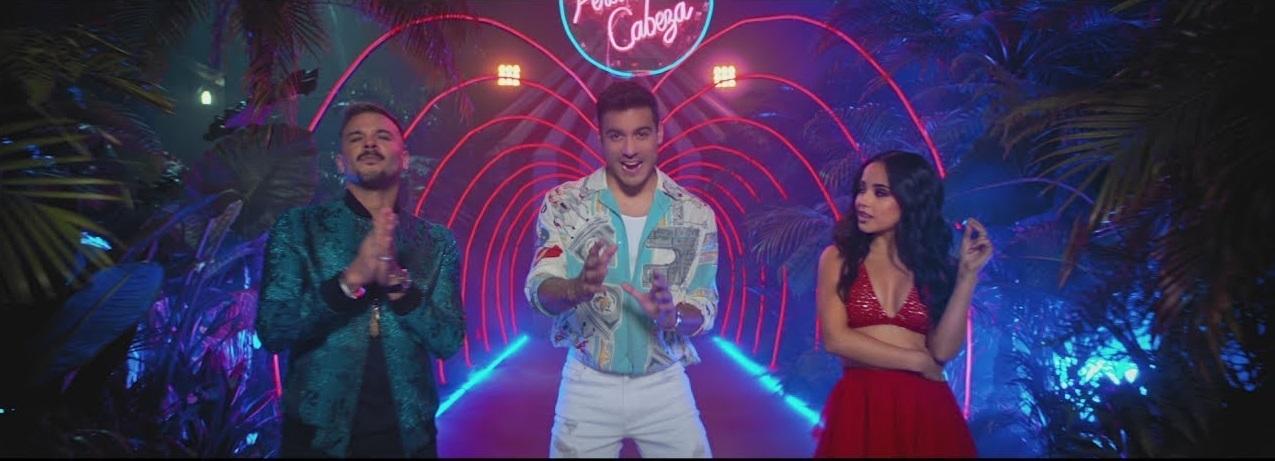 """Carlos Rivera, Becky G y Pedro Capó se unen para decirte que están """"Perdiendo la cabeza"""""""