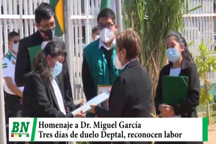 Rinden homenaje a Dr Miguel García y ALD entrega reconocimiento, declaran duelo de tres días