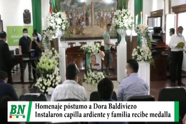 Concejo Municipal rinde Homenaje Póstumo a Dora Baldiviezo e instalan capilla ardiente