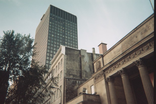 montreal-onfilm-building (2)