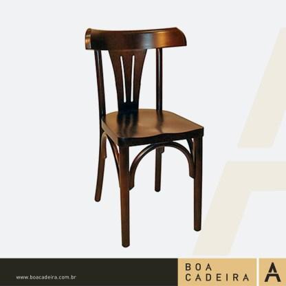 Cadeira-de-Madeira-Bélgica