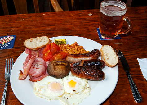 Breakfast in the Palace, Leeds, by Bob Peters, from Flickr under Creative Commons.