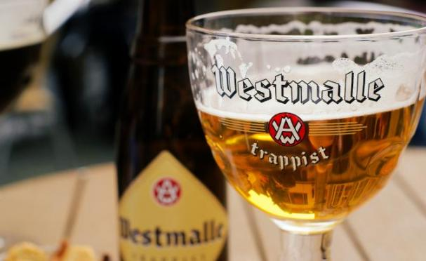 Adapted from Westmalle by Georgio, from Flickr under Creative Commons.