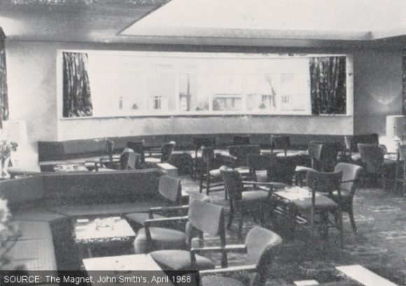 The lounge at the Golden Fleece.