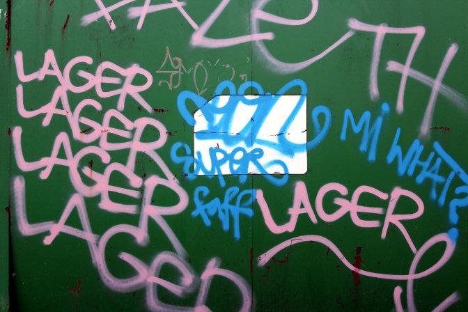 Graffiti: lager, lager, lager.