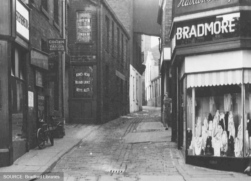 Duckett Lane, Bradford, in the mid-20th century.