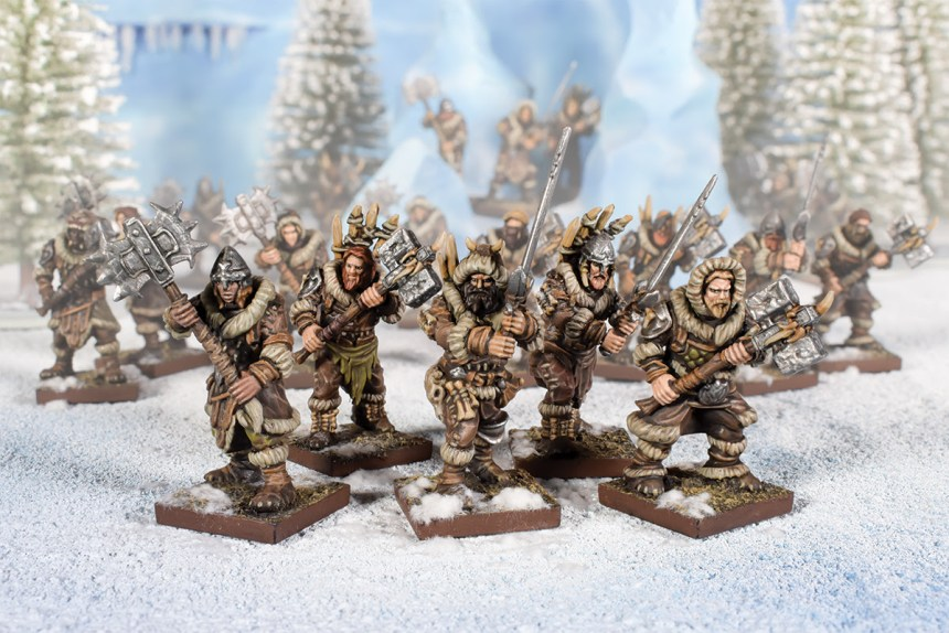 NORTHERN ALLIANCE CLANSMEN WITH TWO-HANDED WEAPONS