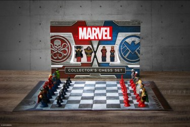 Marvel Collector's Chess