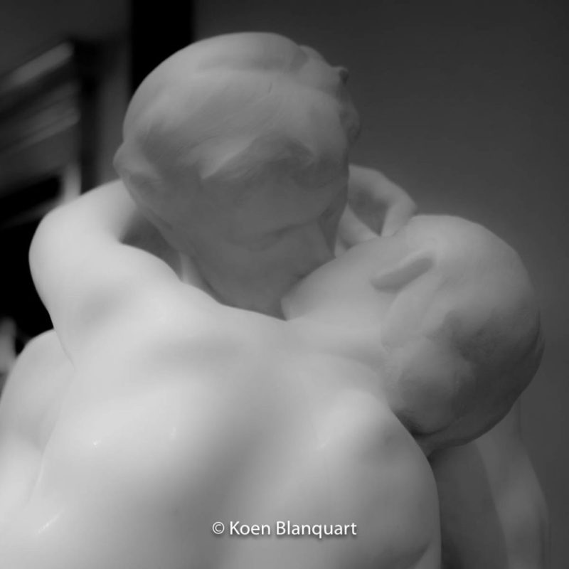 Black and White image of The Kiss by Rodin