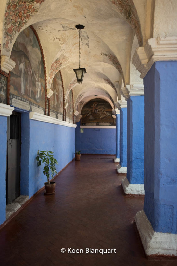 Inside the convent, galleries with paintings where used to give instruction to the nuns.