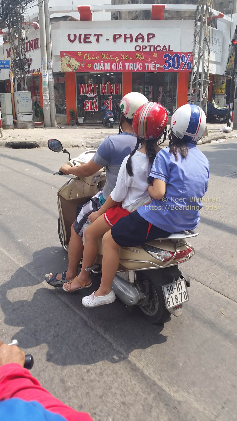20170120-2017-01-20 12.04.21-2Ho Chi Minh City, Saigon, Vietnam by Koen Blanquart for Boarding.Today.jpg