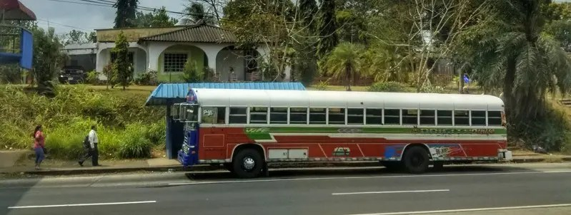 Parada! Getting around by bus in Panama