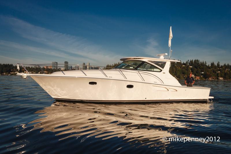 Power Boats 60 Feet Yacht Photography