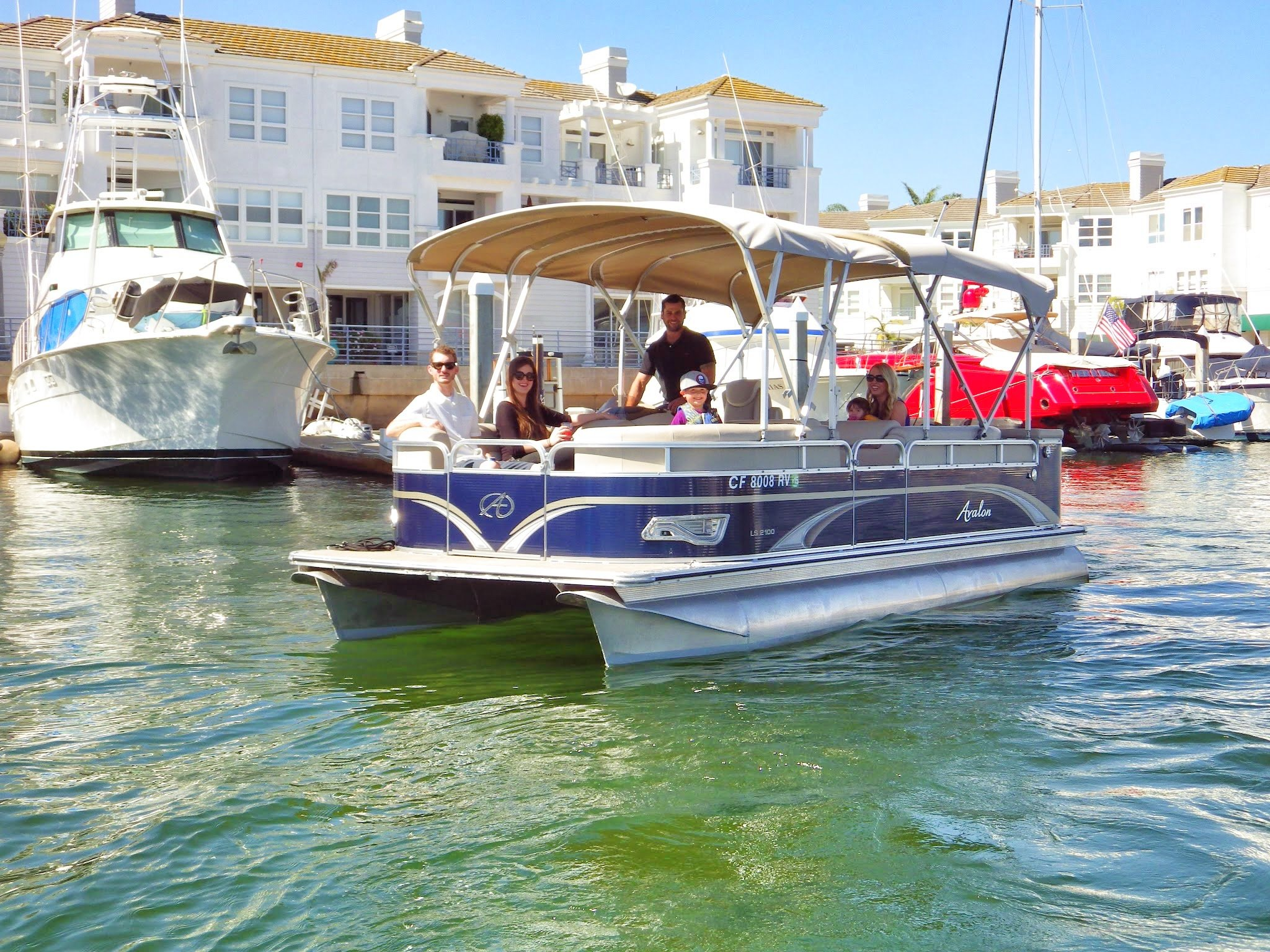 Newport Beach Harbor Dinner CruiseCruise Newport Beach