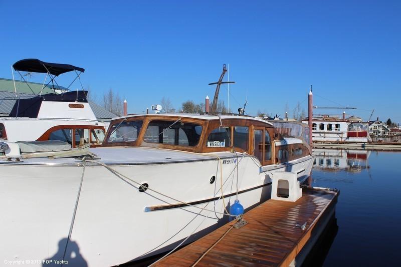 Monk Design Bridgedeck Cruiser Brick7 Boats