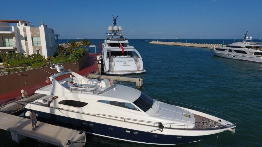 Ferretti 74 Luxury Yacht