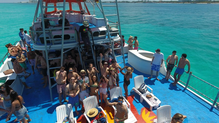 Booze cruise Party Boat