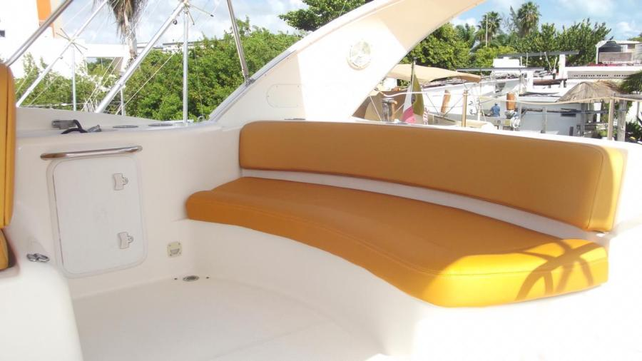 Meridien Yachts for rent in Cancun