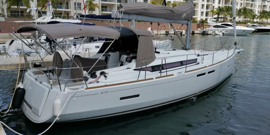 Sun Odyssey Jeanneau sailboat