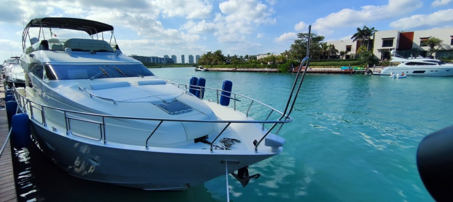 front of Nuvaris 60ft 61 62 63 64 65  yacht for rent in Cancun