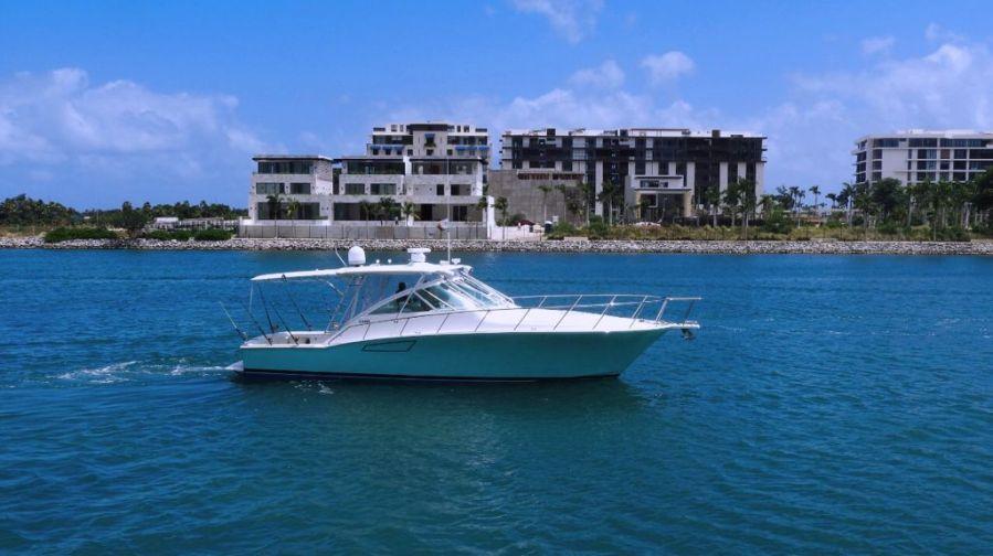 Fishing boat Cabo