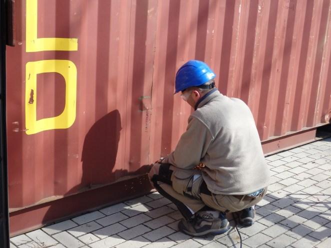 Arbeiten am Container