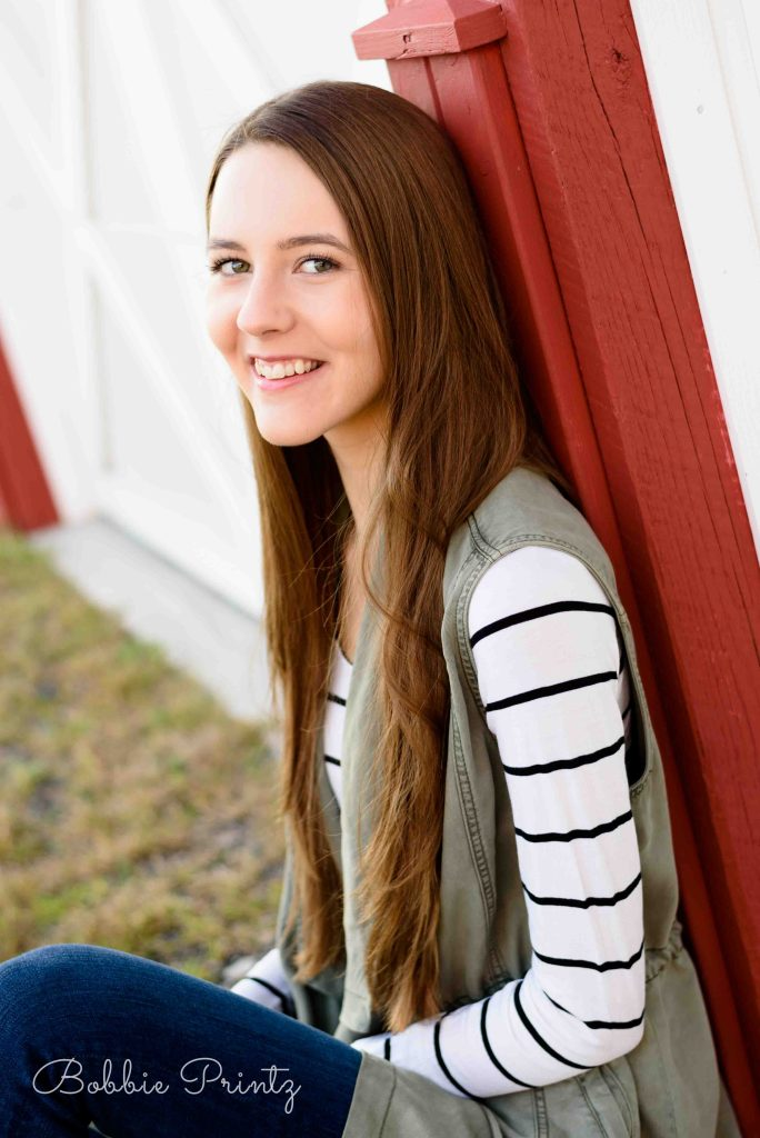bruentrup-farm-maplewood-senior-photos-dcs_8054
