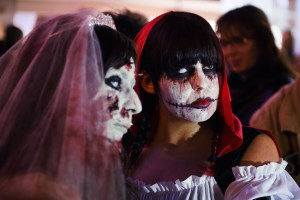 Zombie_Walk_Essen_2014_20141031_0015_1280px