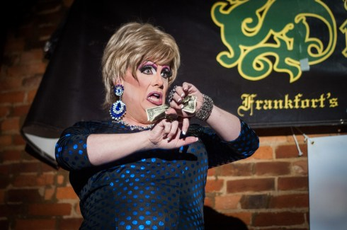120414_DragShow07_be