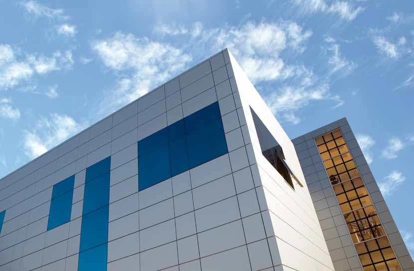 Ventajas del panel Composite, consigue fachadas ventiladas.
