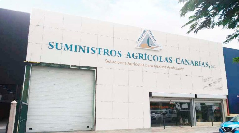 Suministros Agricolas Canarias – Revestimiento de fachada en fenólico