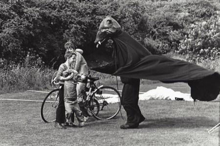 Home-made Circus – the Black Bear