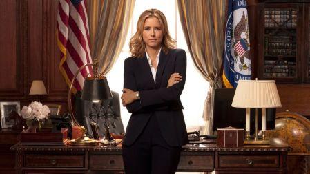 Madam Secretary - kolejny serial z polityką amerykańską na czele, ale tym razem z kobietą w roli głównej, która weszła w środek walk wszelkich opcji.