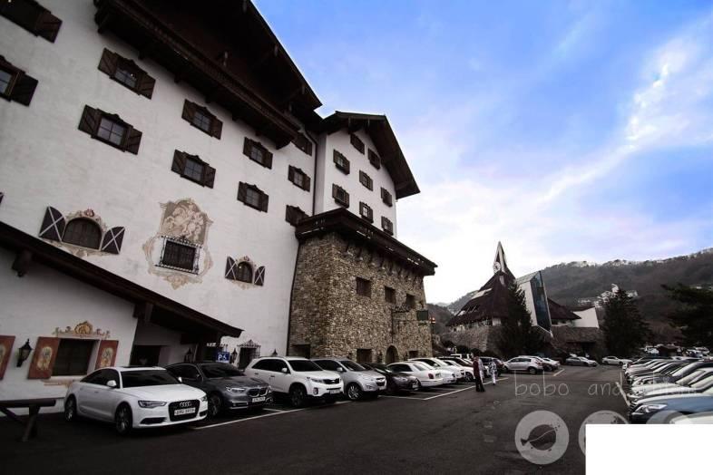 Muju Ski Resort Hotel Tirol Side Resort