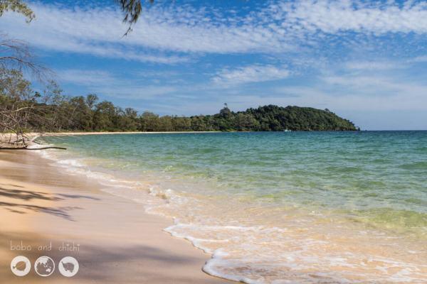 Naked-Beach