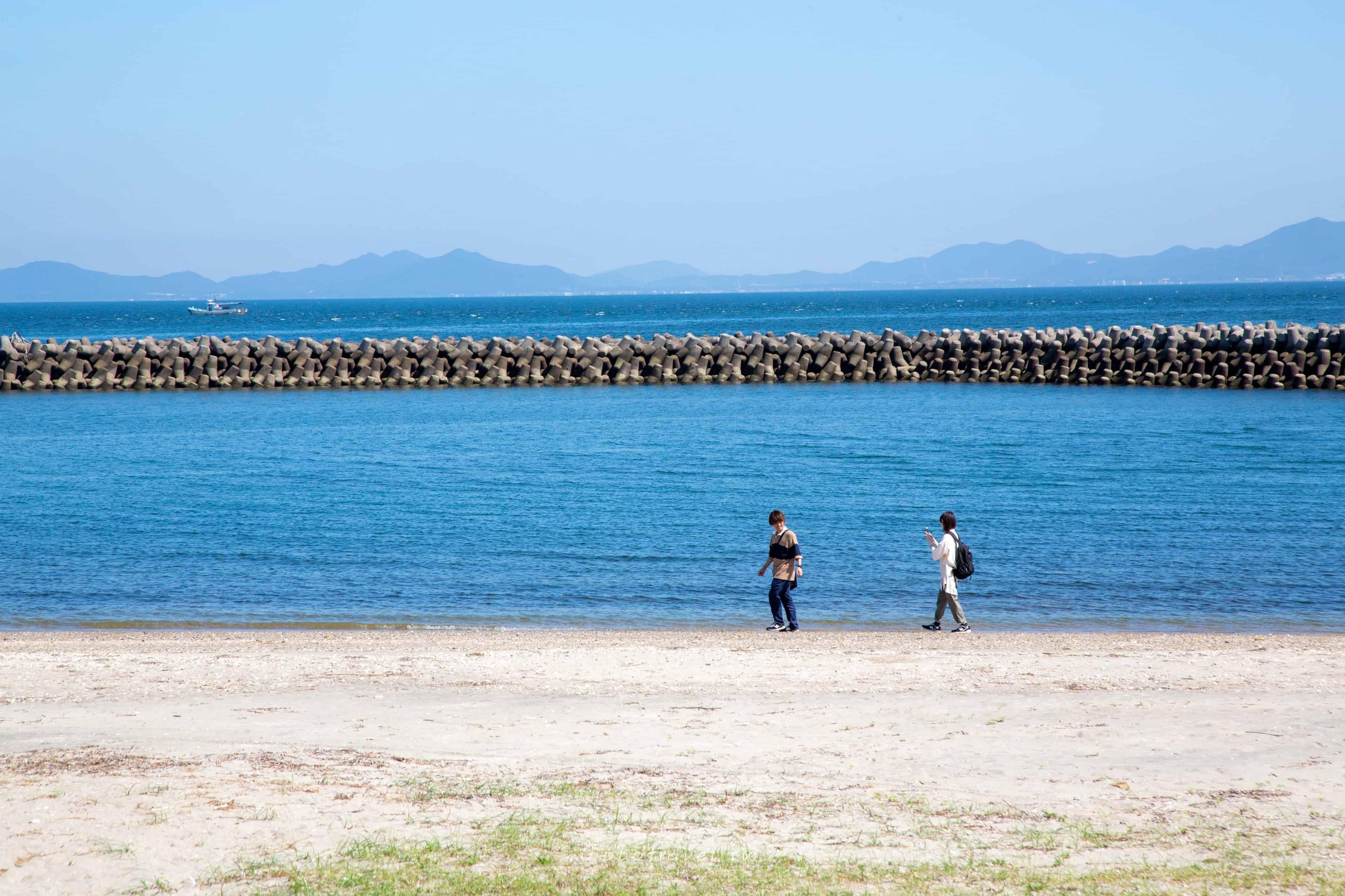愛知縣、日間賀島一日旅行提案|騎單車、嗑海鮮。盪著直奔大海的鞦韆,一起漫步療癒小島