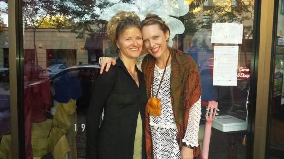 Ashlyn and Sara Thornton