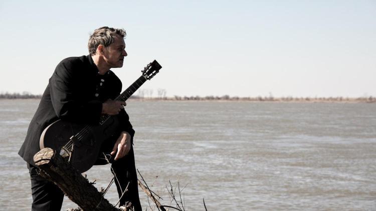 BIG BO - Videoclip: Traveling Riverside Blues