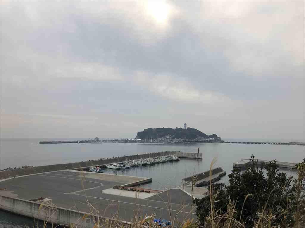 小動神社から江ノ島