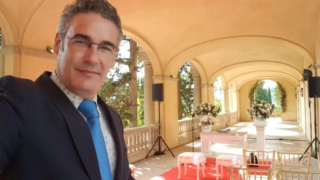 Maestro de ceremonias en Sitges