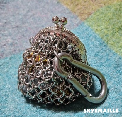 Chainmaille purse with carabiner clasp