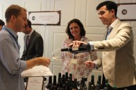 Degustando los vinos Cruz Vieja