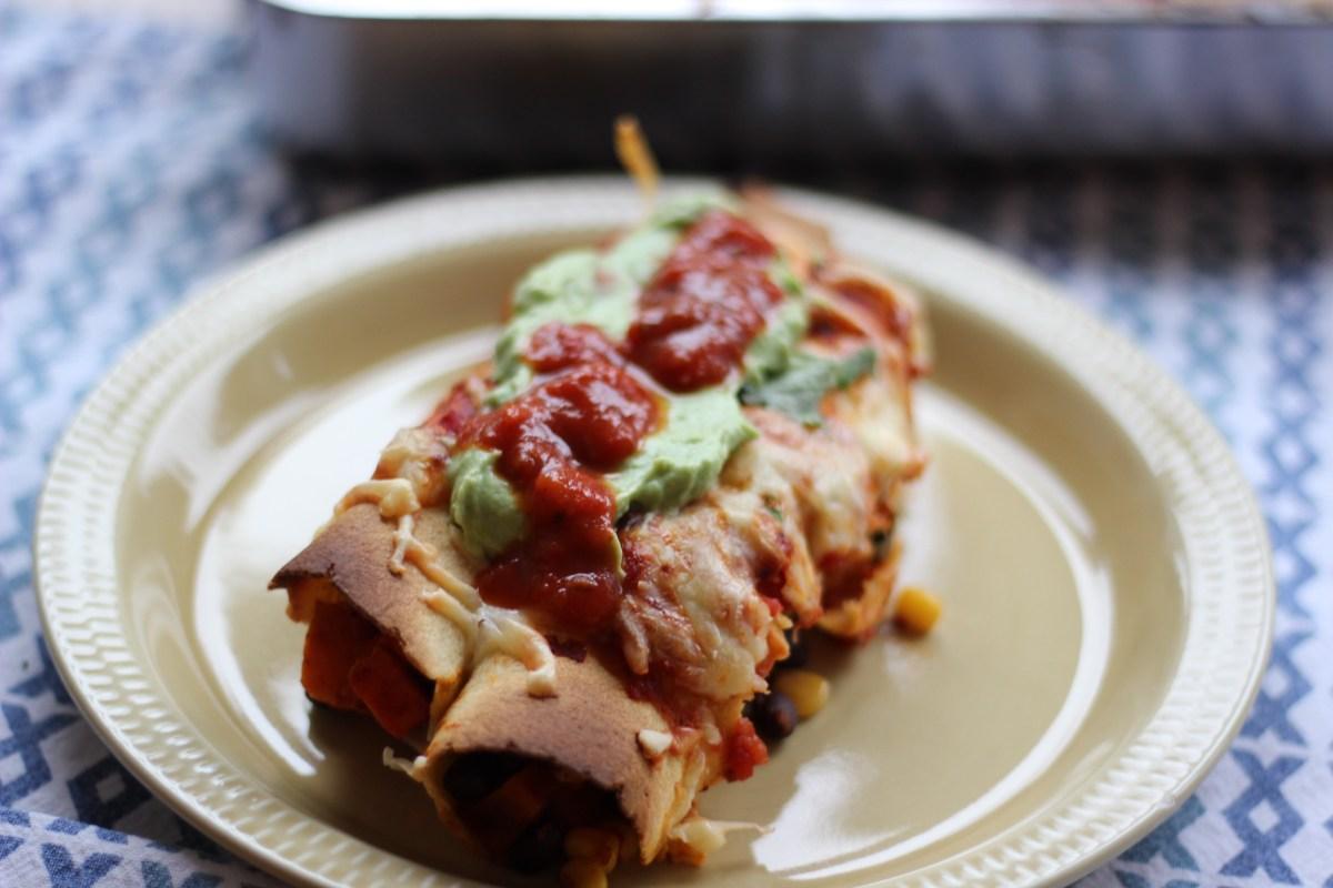 Vegetarenchiladas med søtpotet og svarte bønner